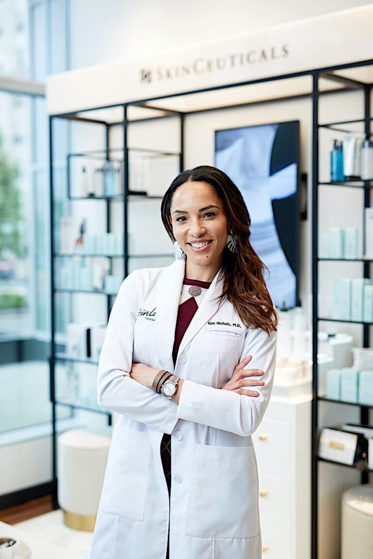 Dr.Kim Nichols